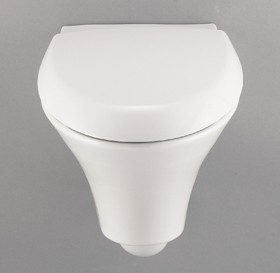 Venezia Wall Hung Toilet Pan With Toilet Seat and Cover.