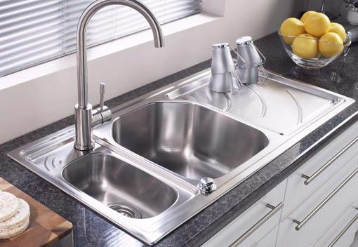 Example image of Astracast Sink Echo 1.5 bowl stainless steel kitchen sink with right hand drainer.