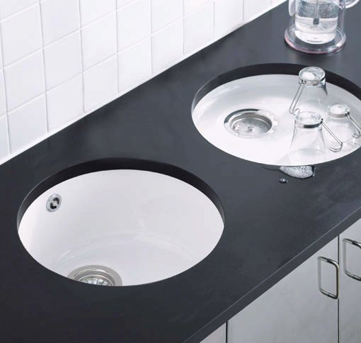 Example image of Astracast Sink Lincoln round undermount ceramic drainer.
