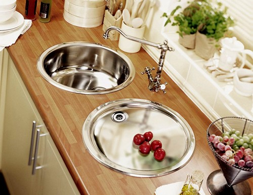 Example image of Astracast Sink Onyx inset round kitchen drainer in polished steel finish.