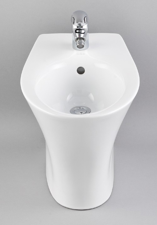 Larger image of Venezia Back To Wall Bidet